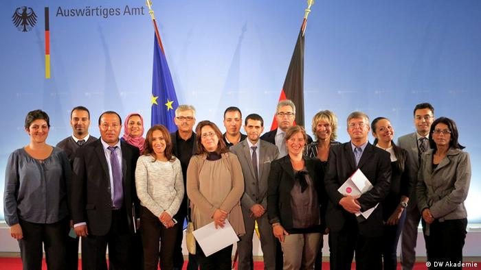 Group photo at the Federal Foreign Office with the Tunisian press officers (photo: DW Akademie)