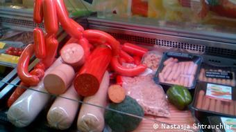 Βίγκαν προϊόντα - πιστές αντιγραφές λουκάνικων και κιμά. Από γεύση όμως;