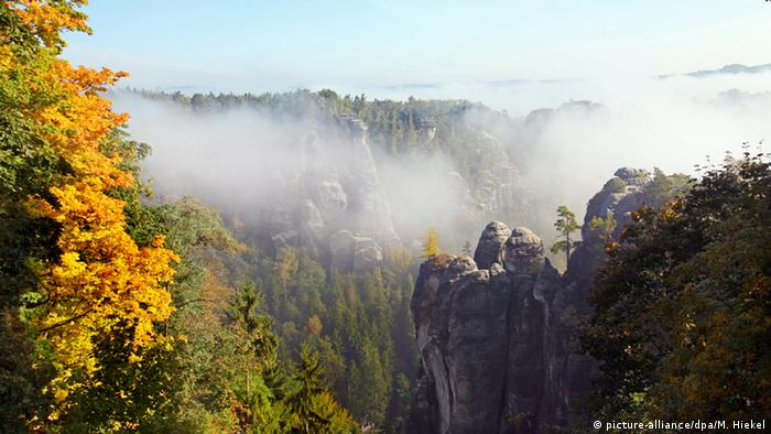 10 Beautiful Places To Visit In The Fall Dw Travel Dw