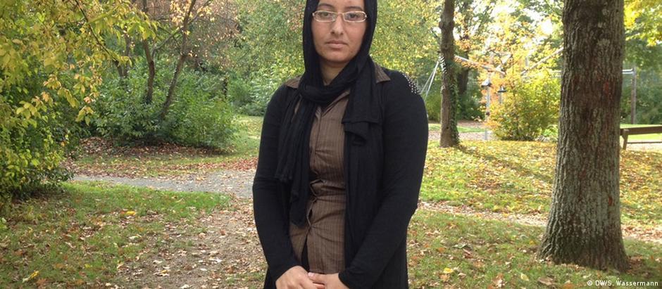 """Lea conseguiu escapar do """"Estado Islâmico"""": """"A vida era um inferno. Mesmo se nós chorássemos, eles nos batiam"""""""