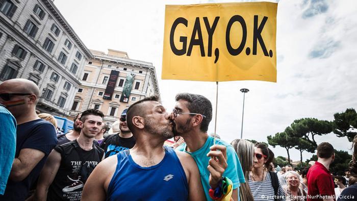 gay man straight woman