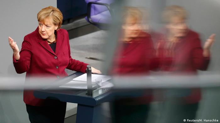 La canciller alemana durante su discurso en el Bundestag