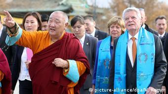 Bundespräsident Gauck mit Tsakhia Elbegdorj in Ulan Bator in der Mongolei
