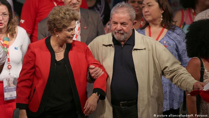 Dilma e Lula em 2015: os governos petistas trouxeram a questão social ao centro dos debates políticos