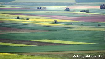 Eifel Agrarlandschaft Wiesen Felder Einsamkeit