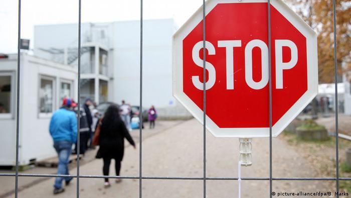 قانون اللجوء المشدد يدخل حيز التنفيذ في ألمانيا