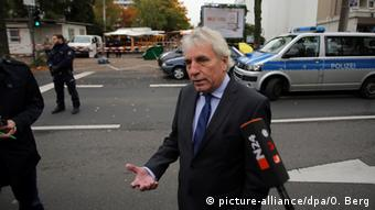 Στον χώρο της επίθεσης έσπευσε ο απερχόμενος δήμαρχος Γιούργκεν Ρότερς