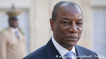 Le président Alpha Condé réélu pour un troisième mandat controversé.