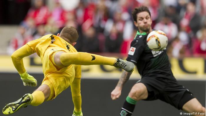 Bundesliga Köln gegen Hannover Leon Andreasen Handtor