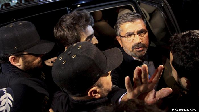 Arşiv - Diyarbakır Baro Başkanı Tahir Elçi