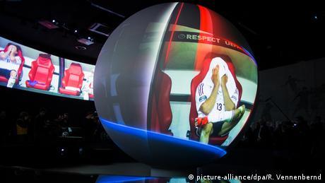 Deutschland Videopräsentation im Deutschen Fußballmuseum in Dortmund