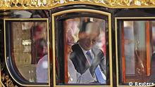 London: Chinas Präsident Xi Jinping auf Kutschfahrt mit Königin Elizabeth II.