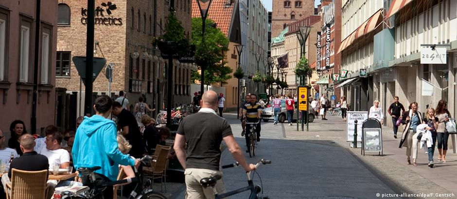 Quase metade das pessoas que vivem na terceira maior cidade da Suécia, Malmö, tem origem estrangeira