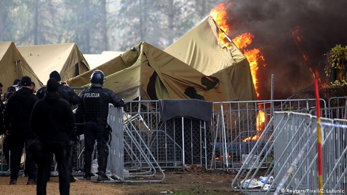 Fire at the refugee reception center in Brezice