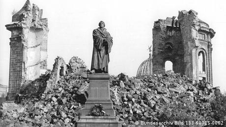 Dresden Frauenkirche Lutherdenkmal