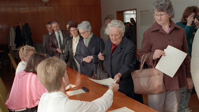 DDR Wahllokal in Leipzig