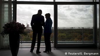 Меркель продемонструвала Яценюку безпрецеденту підтримку. Але й сказала кілька критичних слів про боротьбу з корупцією