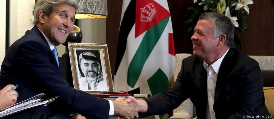Em Amã, Kerry se encontrou com rei jordaniano Abdullah 2º