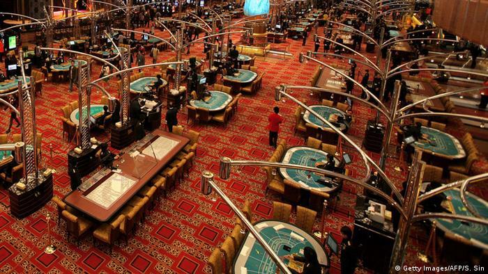 Gambling in Macau - The Grand Lisboa Casino