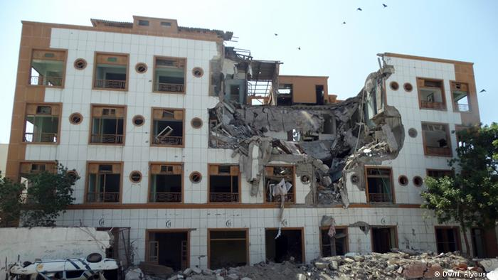 Jemen Crescent Hotel in Aden Zerstörung