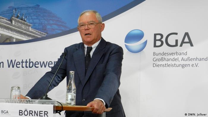 Антон Бёрнер на пресс-конференции в Берлине, 27 октября
