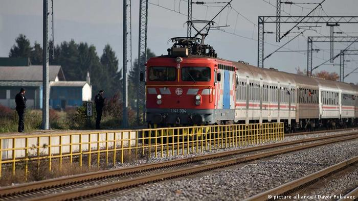 Train with refugees on board in Kljuc Brdovecki