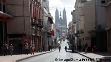 ARCHIV 2015+++ July 6, 2015 - Ecuador - Quito Ecuador 06/07/2015 Recorrido por Quito por la llegada del Papa Francisco al Ecuador. feriado en algunas partes. Calle Venezuela foto: GDA/ Paul Rivas Bravo / Ecuador +++ Copyright: Imago/Zuma Press/P.R. Bravo