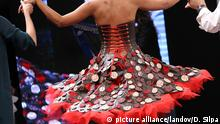 27.10.2015 Salon du chocolat Image #: 40420552 A model wears a creation made with chocolate during a fashion show at the inauguration of the 21st annual Salon du Chocolat in Paris on October 27, 2015. The show, the world's biggest dedicated to chocolate, brings together fashion designers and chocolatiers from around the world. Photo by David Silpa/UPI. /LANDOV Copyright: picture alliance/landov