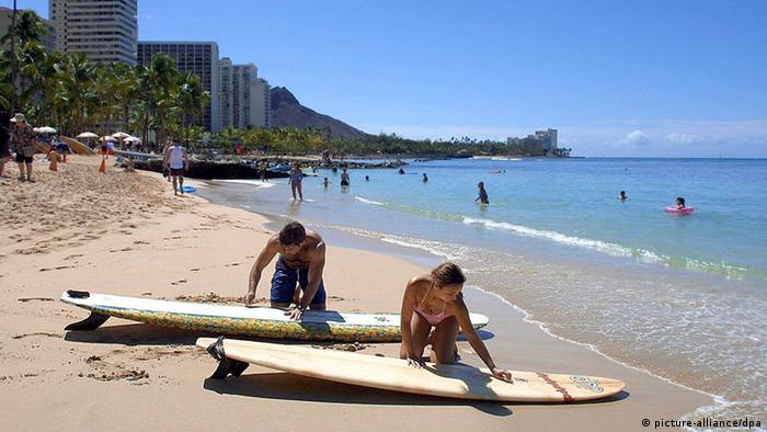 Playa de Waikiki, un barrio de Honolulu.