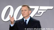 Deutschlandpremiere - James Bond Spectre (picture-alliance/dpa/B. Pedersen)
