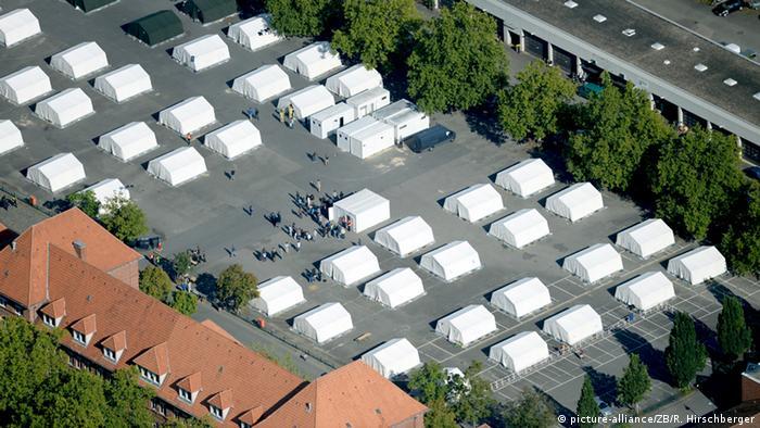 Flüchtlingsunterkünfte in Berlin Schmidt-Knobelsdorf-Kaserne
