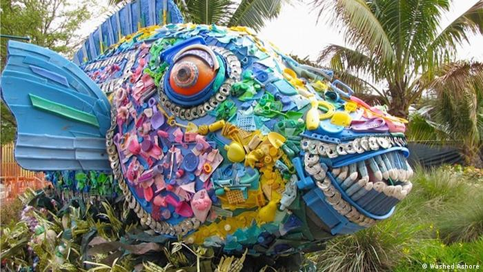 Fish made of plastic toys (Washed Ashore)