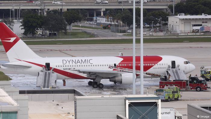 Flugzeug Dynamic Airlines