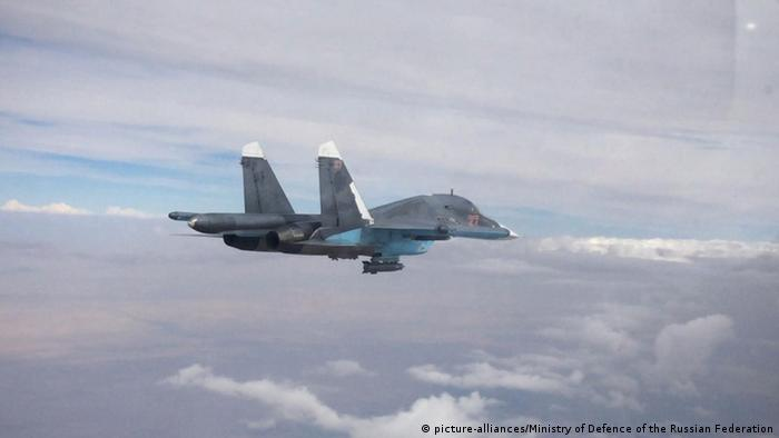 Ein russsicher Bomber vom Typ Sukhoi Su-34 (Foto: picture-alliances/Ministry of Defence of the Russian Federation)