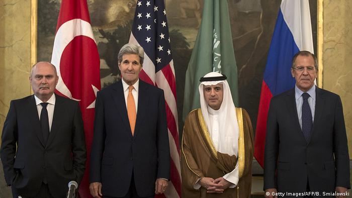 Österreich vor Syrien-Konferenz in Wien Gruppenbild mit Lawrow und Kerry