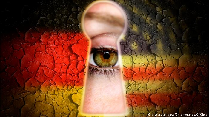 Deutschland USA Symbolbild Wirtschaftsspionage (picture-alliance/Chromorange/C. Ohde)