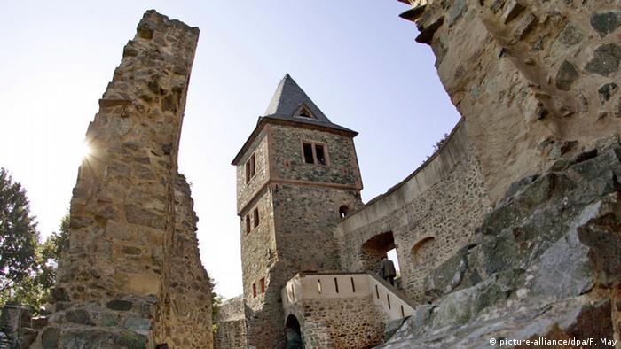 Руїни замку Франкенштейн на околицях Дармштадту