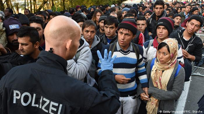 Deutschland Flüchtlinge in Passau (Getty Images/AFP/C. Stache)