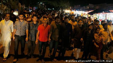 Bangladesch Demonstration gegen extremistische Gewalt