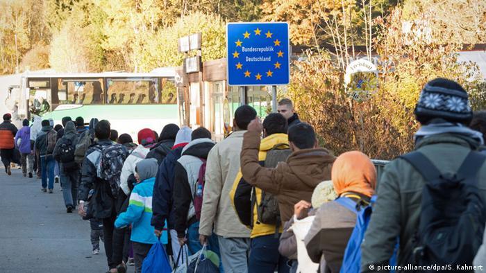 Österreich Grenze Deutschland Wegscheid Grenzschild Flüchtlinge