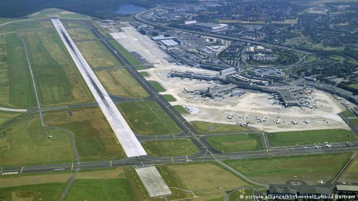 Weltkriegsbombe Auf Dusseldorfer Flughafen Gesprengt Aktuell