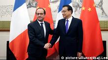 Frankreich Präsident Francois Hollande China Premierminister Li Keqiang Peking China Flaggen