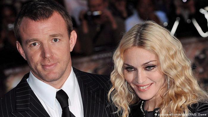 Großbritannien Guy Ritchie und Madonna