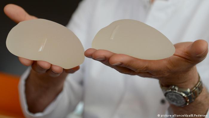 Prótese de silicone de gel coesivo