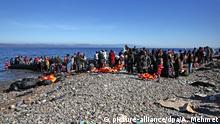 Griechenland Lesbos Europa Flüchtlinge Strand Ankunft