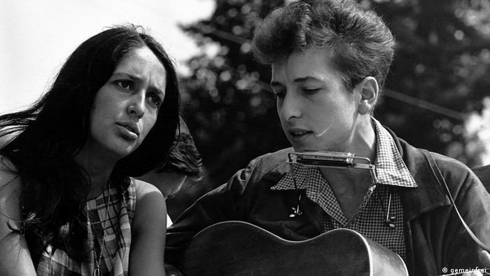 Joan Baez e Bob Dylan, em 1963 em Washington