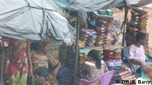 Bild P111026: Conakry, Bembéto, Markt Autour : Bob Barry Land: Guinea Jahr : 2015 Alle Rechte : Nur für die DW