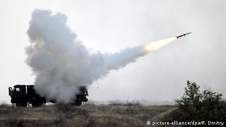 Париж стурбований ескалацією напруженості навколо Криму