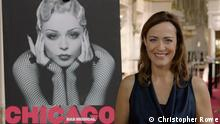 Sarah Willis besucht das Musical Chicago in Berlin