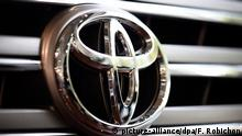 Logo epa04986269 (FILE) A file picture dated 04 August 2015 shows the Toyota Motor Corp. logo seen on a vehicle displayed at the company's showroom in Tokyo, Japan. Toyota Motor Corp said on 21 October 2015 it is recalling 6.5 million vehicles worldwide over faulty power-window switch. The recalls include about 2.7 million units in North America, 1.2 million in Europe and 600,000 in Japan, Toyota said. According to reports Toyota was not aware of any accidents caused by the glitch, but the carmaker has received one incident report from the US market indicating the customer received a burn on the hand. The Japanese carmaker said modules in power window master switches may have been lubricated with a sprayed-on grease inconsistently during manufacturing process. Debris caused by wear from the electrical contact points can accumulate and cause a short circuit. That could lead the switch assembly to overheat and melt, potentially leading to a fire, the carmaker said. EPA/FRANCK ROBICHON +++(c) dpa - Bildfunk+++ picture-alliance/dpa/U. Deck